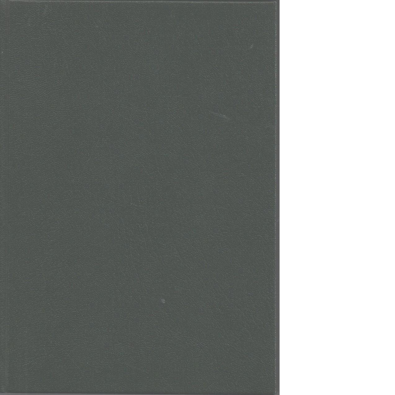 Hærmuseet Akershus Oslo I og II : Norske børsemakere i tre hundreår : en fortegnelse over norske børsemakere i tiden 1575-1900 - Dahl, Jon Sv.